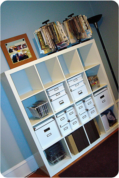 Scrapbook shelf